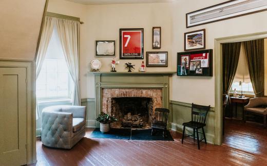Keeneland Room featuring thoroughbred racing memorabilia