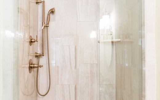 Modern, luxurious bathrooms